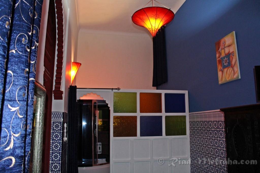 Salle de bain chambre oudayas jpg - Salle de bain chambre ...
